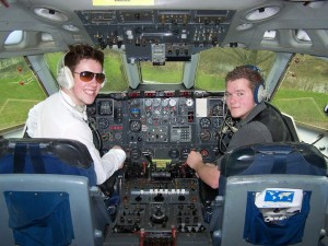 Pilot_and_Co-Pilot_on_the_flight_deck_of_a_Vickers_VC10